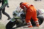 Motocykl Maxe Neukirchnera po pádu.