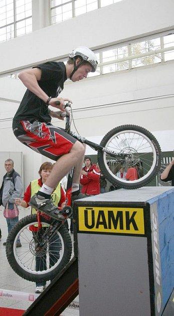 V Brně pojede pětinásobný biketrialový mistr světa