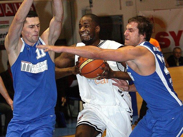 Hráči Basketballu Brno prohráli na domácí palubovce s Opavou 81:88.