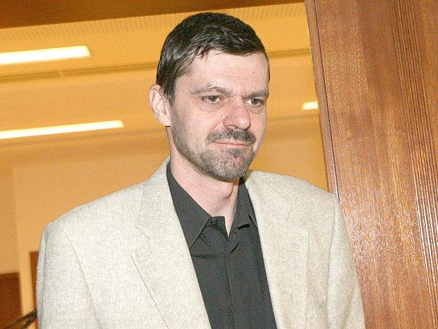 Jiří Slezák u brněnského soudu.
