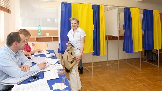 Volba ukrajinského prezidenta na brněnském konzulátu.