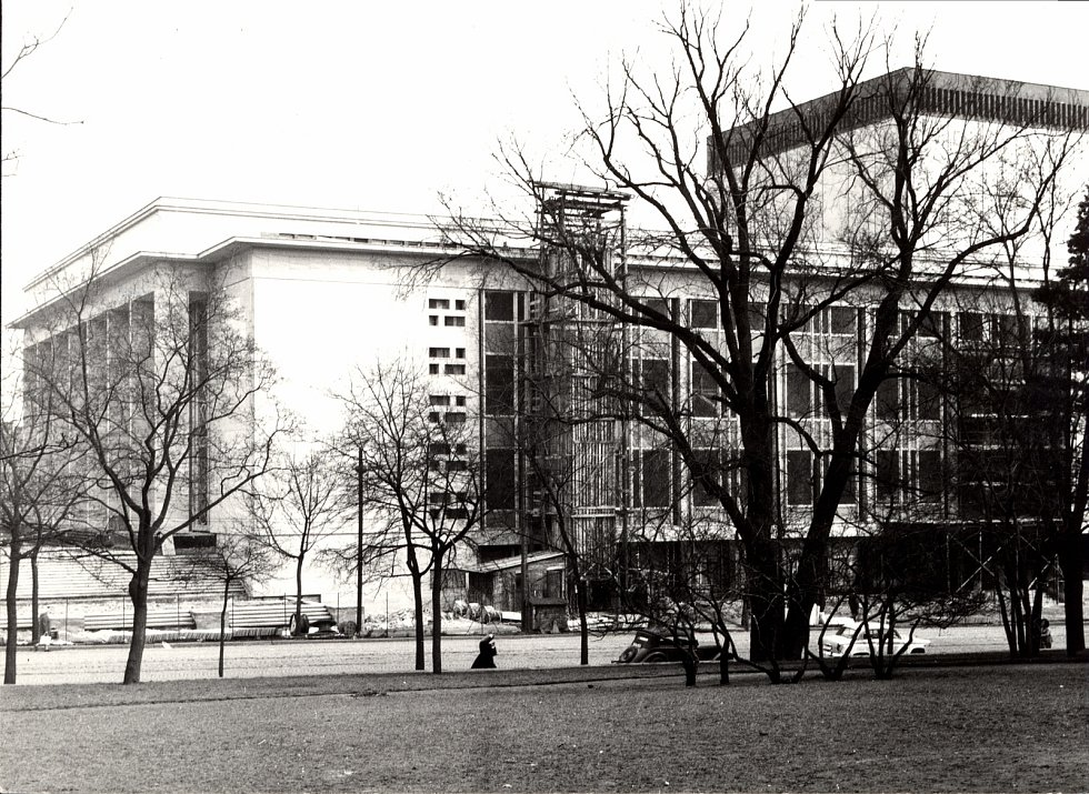 Janáčkovo divadlo v roce 1964.