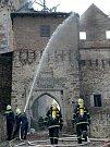 15. dubna 2005 začalo hořet na hradě Pernštejn. V sýpce shořelo sedm stovek exponátů depozitáře. Příčinou požáru byly nátěrové hmoty, které se samy vznítily.
