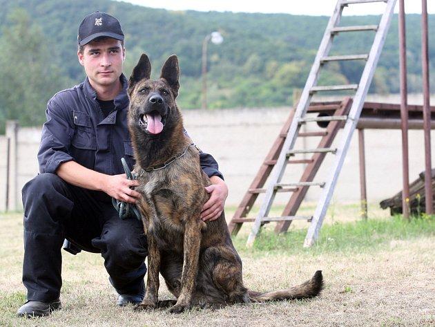 Policejní psovod Ladislav Jelen.