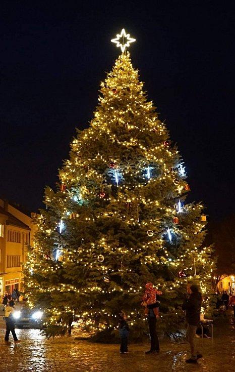Vánoční strom v Boskovicích.