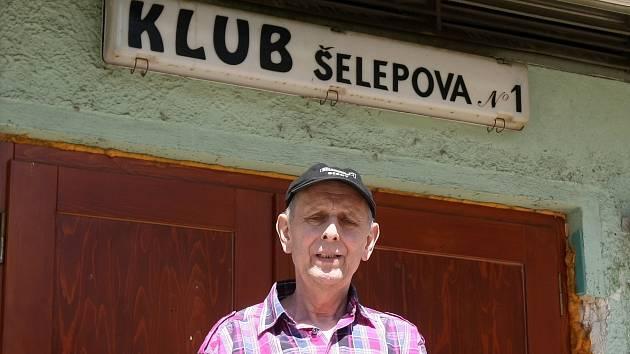 Legendární brněnský klub Šelepka a jeho zakladatel Miloslav Bernátek.