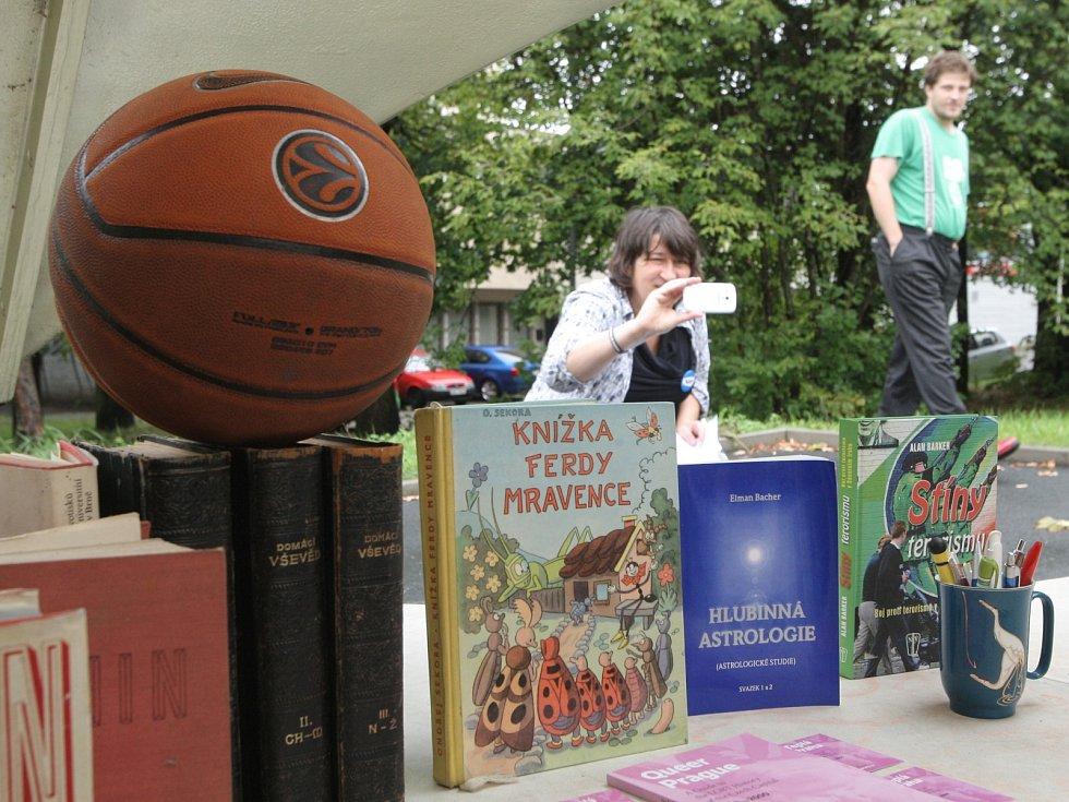 Recesisté z Žít Brno otevřeli v blobu Klausovu knihovnu.