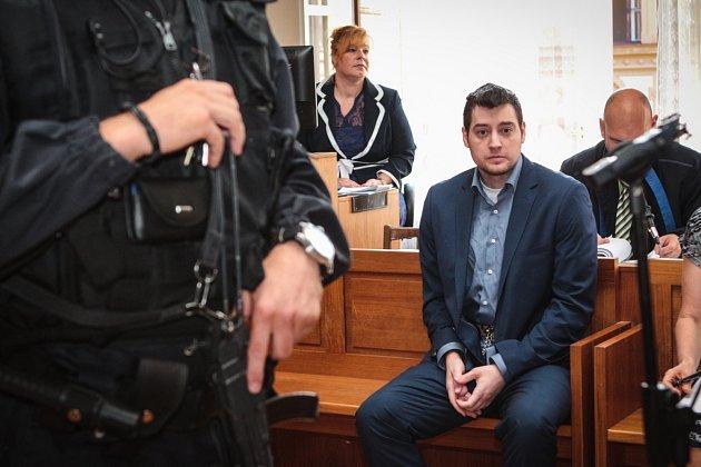 Úterní jednání sKevinem Dahlgrenem uKrajského soudu vBrně.