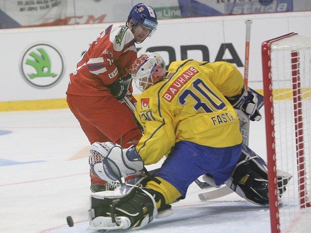 Po nejvyšší porážce národního týmu pod vedením kouče Vůjtka přišla i nejvýraznější výhra. Čeští hokejisté ve Znojmě Švédy deklasovali 7:1.