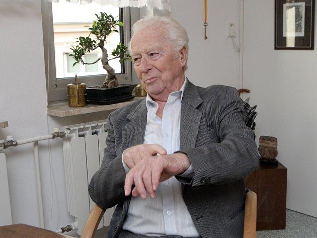 Profesor Vladimír Kořístek.