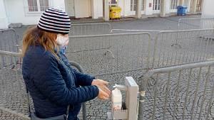 Na vlastní kůži - Antigenní testování v Brně