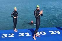 Brněnští dálkoví plavci museli v Budapešti použít neopreny.