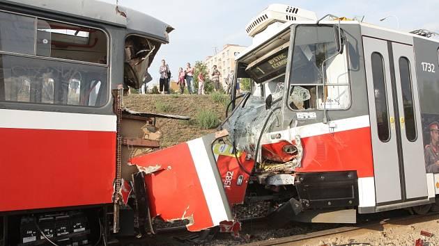 Srážka dvou tramvají v Bystrci.