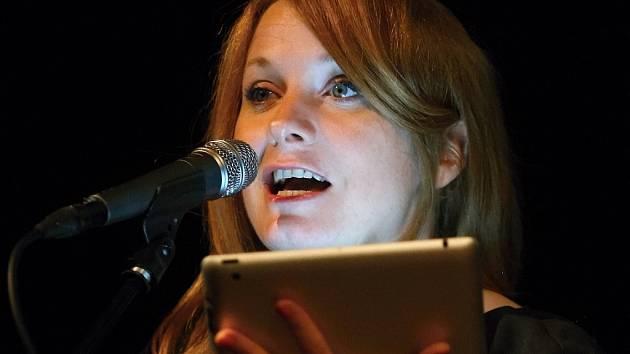 Skotská spisovatelka a novinářka Kirstin Innes.