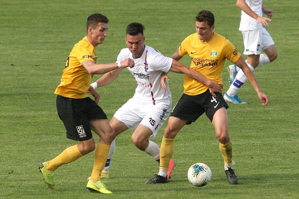 24.6.2020 - 26 kolo F:NL mezi domácí SK Líšeň (bílá - Martin Zikl) proti FK Baník Sokolov (žlutá - David Skopec)