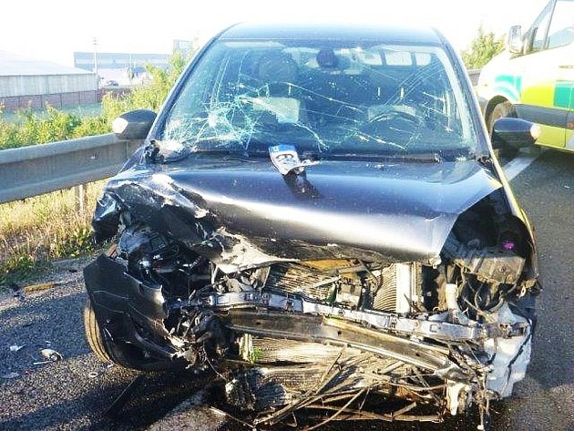 Zásah letecké záchranné služby byl potřeba při dopravní nehodě, která se stala u Pohořelic.