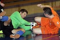 Favoritem mezinárodního Hummel Cupu je brněnské Tago (v oranžovém).