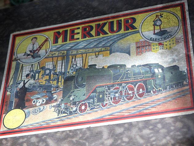 Výstava Merkur je věčný v muzeu ve Šlapanicích.