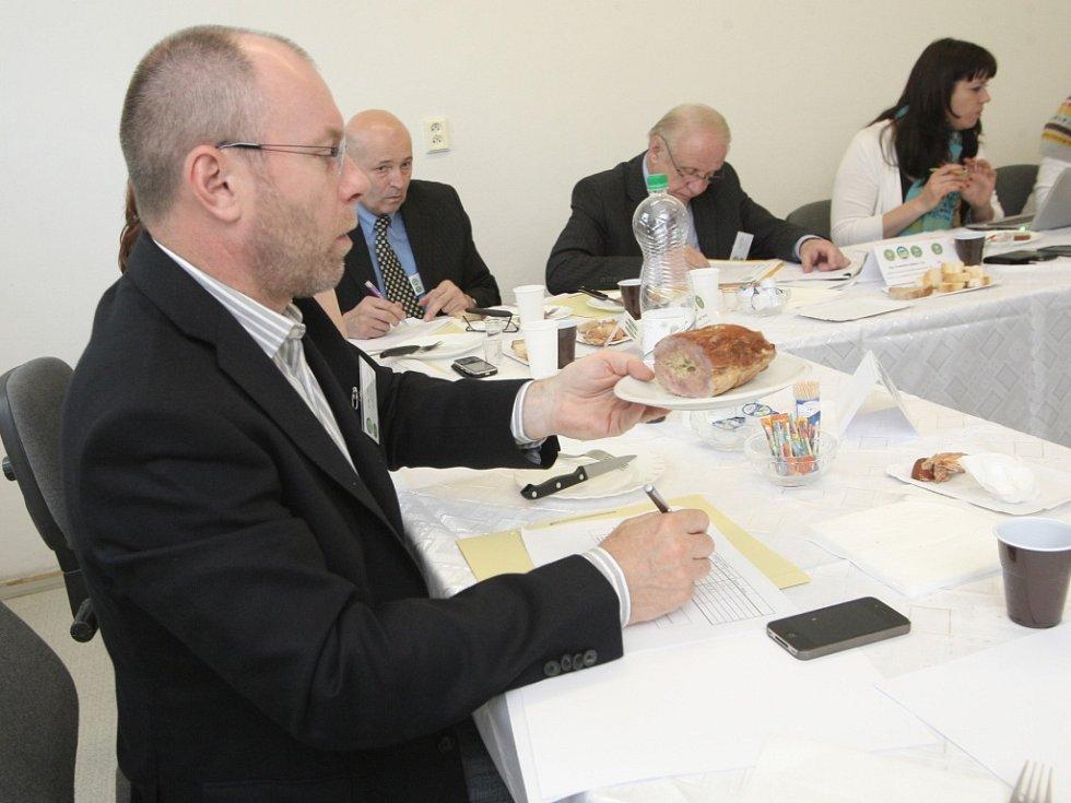 Komise u výrobků hodnotí i další aspekty, jako třeba inovativnost, použité materiály, design výrobu nebo senzorické vlastnosti.