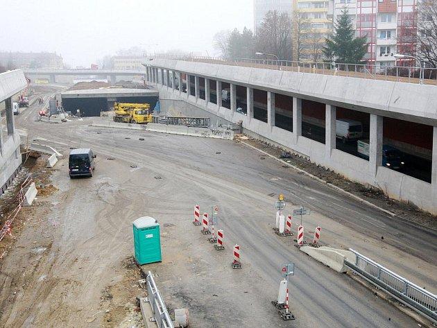 Ředitelství silnic a dálnic uzavřelo objížďkovou trasu, která vedla po cestě plné výmolů kolem královopolských tunelů.