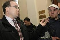 Odvolací senát Krajského soudu v Brně potvrdil podmínečné tresty pro šestici lidí včetně předsedy strany Tomáše Vandase (na snímku).