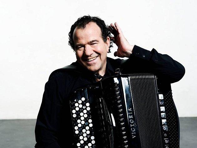Akordeonista Richard Galliano.
