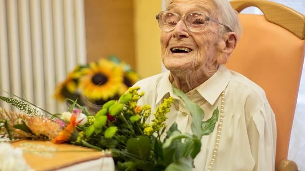 Bedřiška Köhlerová (na snímku), která v červnu 2016 zemřela v Brně, se dožila sto osmi let.