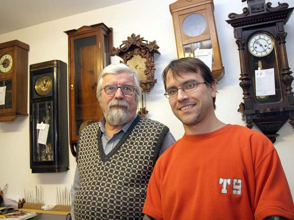 Petr a Pavel Strnadovi se vrátili k hodinářskému řemeslu, které živilo jejich předchůdce