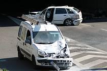 Od tří hodin odpoledne je neprůjezdný Husovický tunel, který zablokovala nehoda dvou osobních aut.
