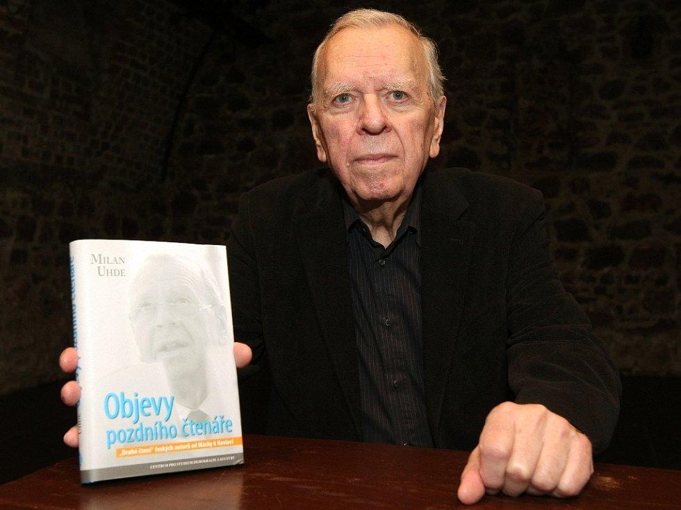 Spisovatel Milan Uhde pokřtil v Huse na provázku svoji novou knihu s názvem Objevy pozdního čtenáře.