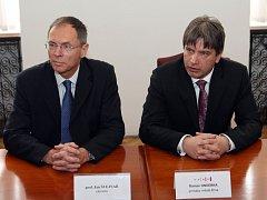 Ekonom Jan Švejnar a brněnský primátor Roman Onderka