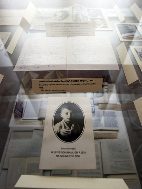 Výstava k 95. výročí narození Bohumila Hrabala.