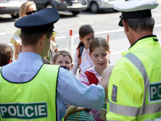 Policisté zkoušeli školáky.