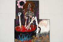 Obraz Kostlivec v červené omáčce, který Václav Girsa namaloval u příležitosti loňské výstavy v pražské Galerii Národní technické knihovny, je poněkud paradoxně vystaven vůbec poprvé – nyní v Brně a hned v úvodu expozice.