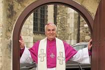 Pětasedmdesáté narozeniny oslavil v pátek brněnský diecézní biskup Vojtěch Cikrle. Svou funkci vykonává již jednatřicet let.