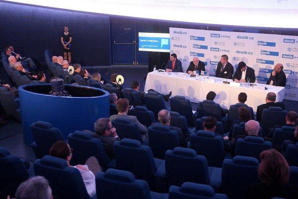 Panelová diskuze Deníku Rovnost s jihomoravským hejtmanem Bohumilem Šimkem a pozvanými hosty.