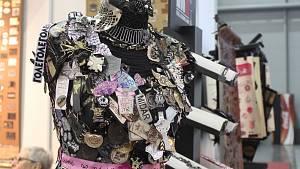 Styl a Kabo provedl světem nových módních trendů. Nabídl i nadměrné velikosti