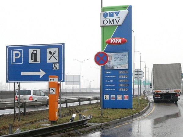 Nejdražší jsou tradičně benzinky na dálnici D1, například OMW vbrněnské městské části Dolní Heršpice.