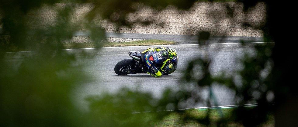 Kvalifikace na Velkou cenu České republiky, závod mistrovství světa silničních motocyklů v Brně 3. srpna 2019. Na snímku Valentino Rossi (SPA).