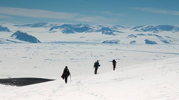 Vědci z brněnské Masarykovy univerzity na Antarktidě.