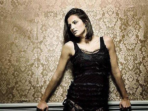 MADE IN ENGLISH. Slovenská zpěvačka Jana Kirschner v Brně  zazpívá písně ze svého nového anglického alba Shine.