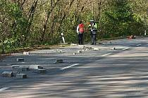 Tragická nehoda náklaďáku a malotraktoru poblíž Nosislavi.