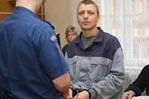 Jedenatřicetiletý Lukáš Dostál před Krajským soudem v Brně.