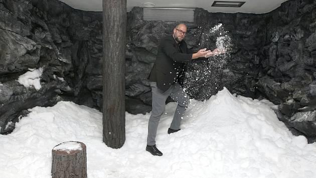 V Aqualandu nově sněží. V ochlazovací jeskyni s názvem Lednice