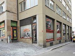 Kavárna Vladimíra Menšíka ve Veselé ulici v Brně.