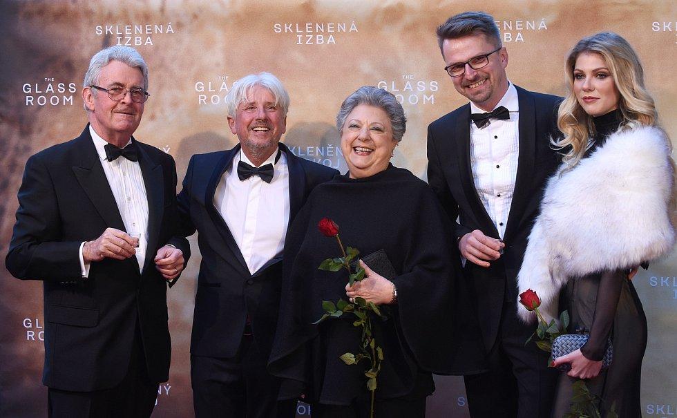 Brno 12.3.2019 - Slavnostní premiéra filmu Skleněný pokoj v brněnském univerzitním kině Scala - autor knihy Simon Mawer.
