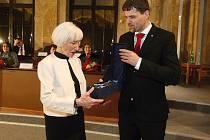 Předávání Cen města Brna v sále zastupitelstva berněnské radnice.
