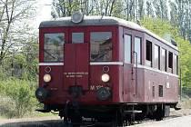 Historický motorový vlak vyjel z Brna do Oslavan.