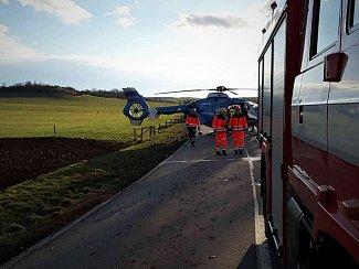 U tragické nehody na silnici mezi Neslovicemi a Tetčicemi na Brněnsku zasahovaly všechny složky Integrovaného záchranného systému.