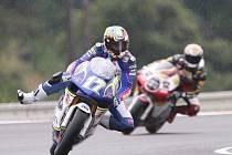 Páteční trenink tříd do 250 ccm a moto GP.